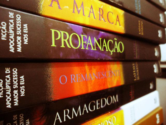 Livros coleção Deixados para trás - Infosol