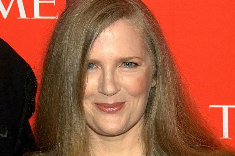 Suzanne Collins, a Rainha das Arenas